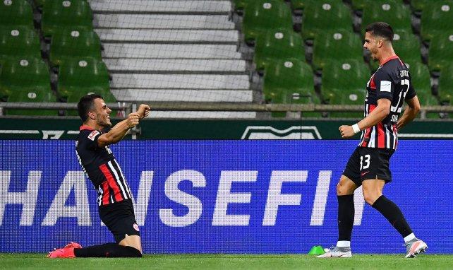 Bundesliga : Francfort se rassure à Brême