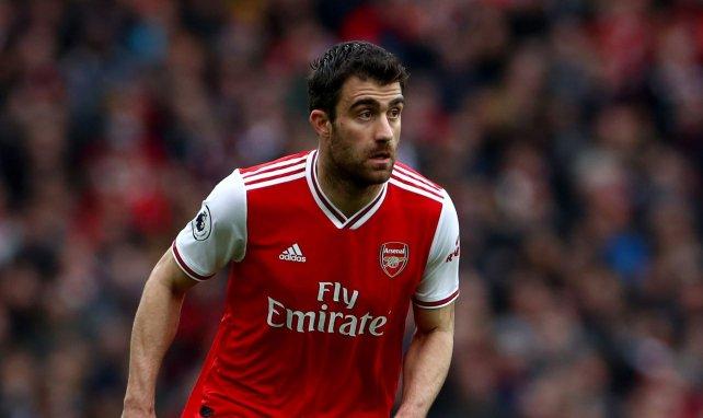 Sokratis Papastathopoulos en action avec Arsenal