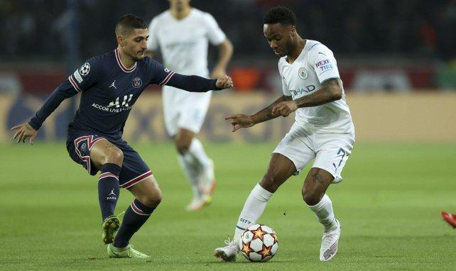 Raheem Sterling en action face à Marco Verratti lors de PSG-Manchester City