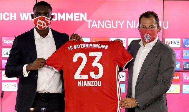 Tanguy Kouassi lors de sa présentation au Bayern