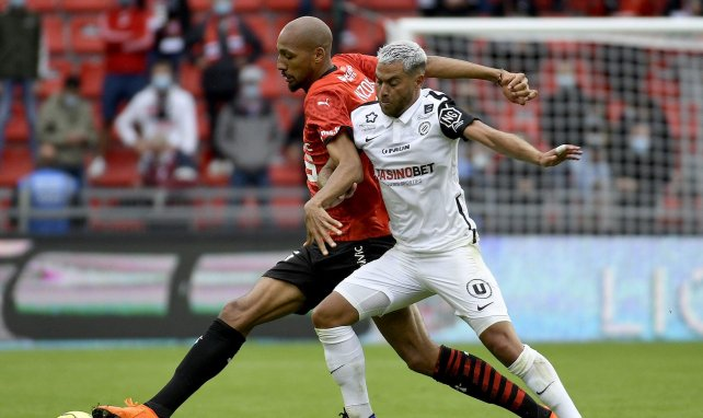 Téji Savanier sous le maillot de Montpellier