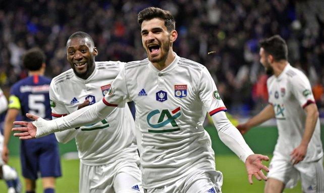 Martin Terrier célèbre un but avec l'Olympique Lyonnais