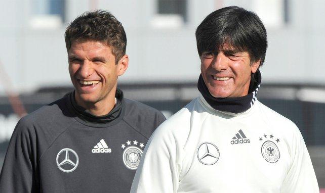 Thomas Müller avec Joachim Löw