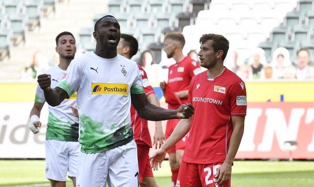 Bundesliga : les joueurs qui ont rendu hommage à George Floyd ne seront pas sanctionnés