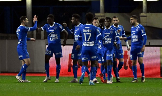 L'ESTAC remonte en Ligue 1 !