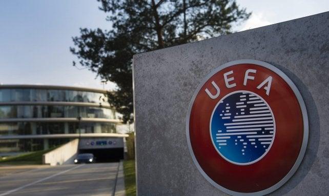 Super League : l'identité des 12 clubs est connue