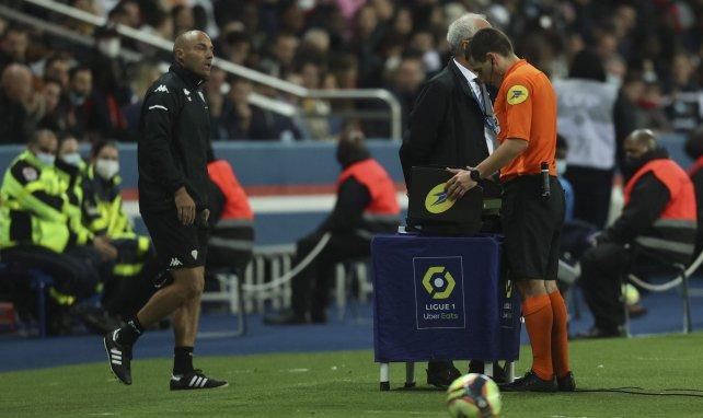 Ligue 1 : la direction technique de l'arbitrage dresse son bilan du début de saison