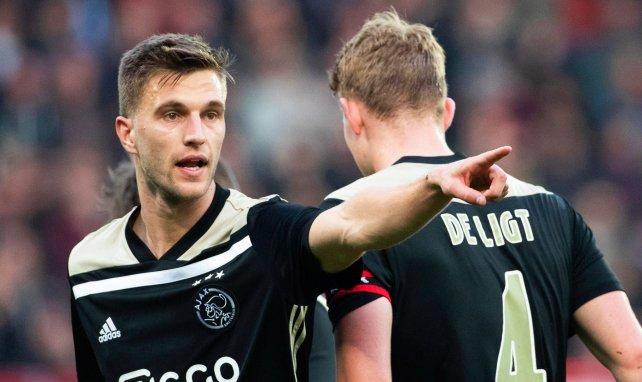 Joël Veltman évolue sous les couleurs de l'Ajax depuis 2001
