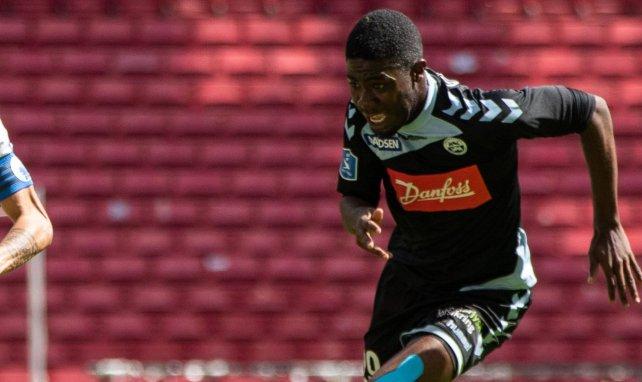 Victor Mpindi Ekani : « bien sûr, j'ai envie de partir »