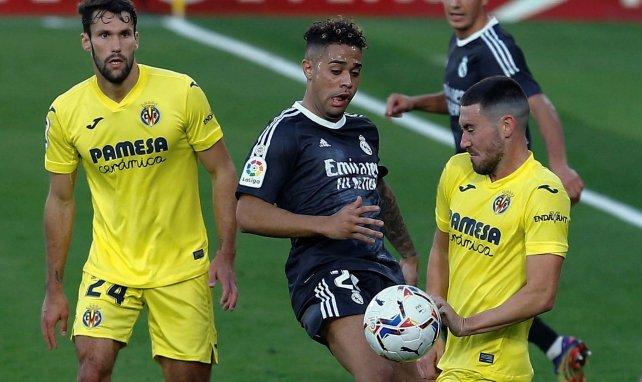 Mariano Diaz à la lutte avec Moi Gomez