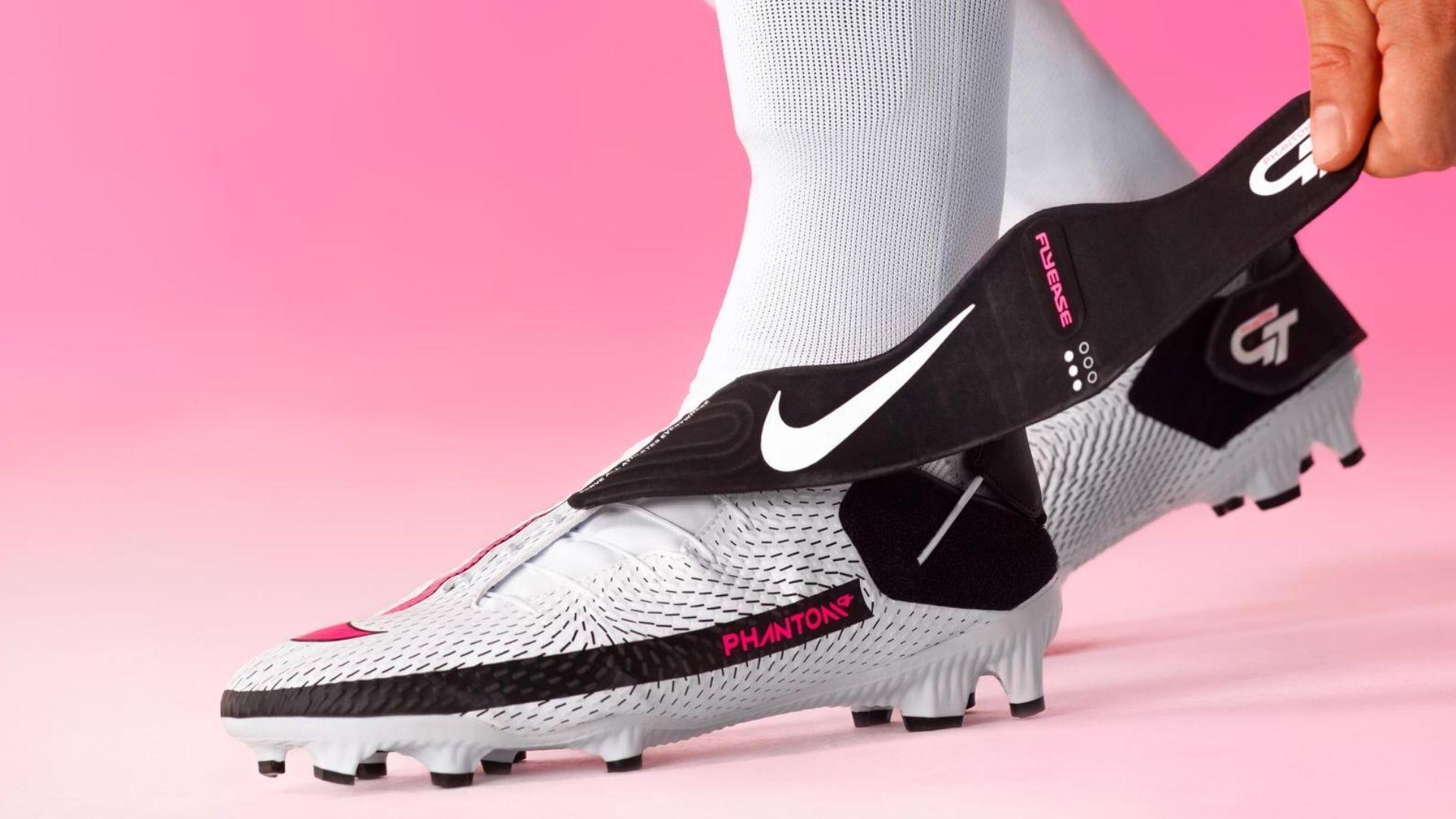 chaussure football nike